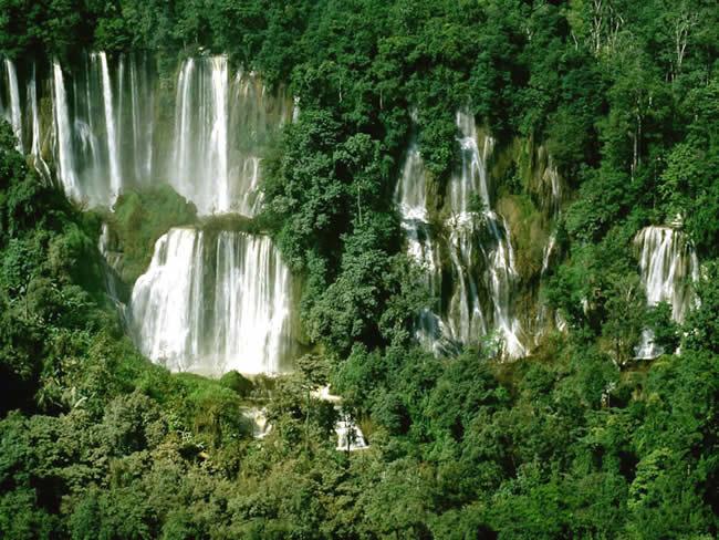 Водопад ти ло су умпанг thi lo su waterfall